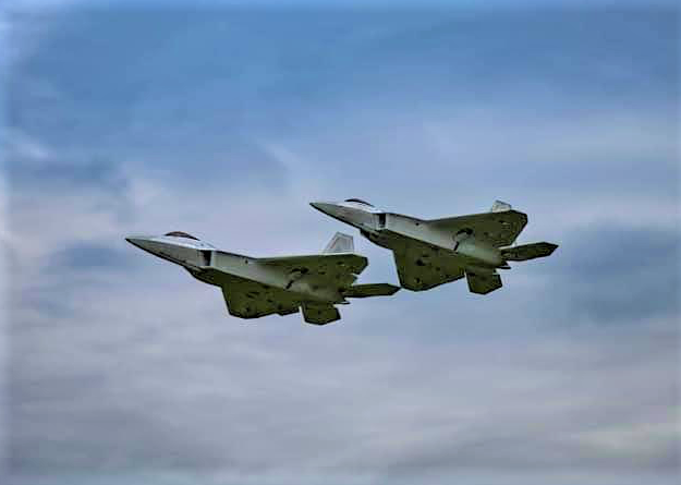 F-22 Formation
